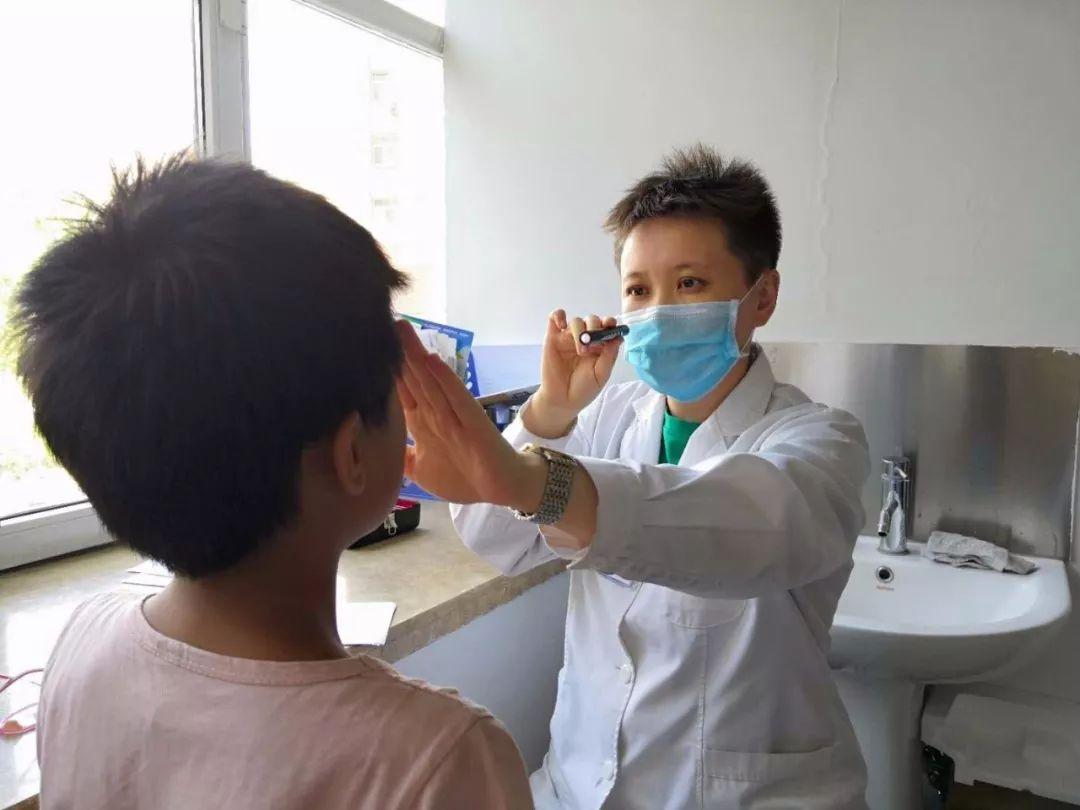 【点亮明眸】喀什接受援助的9个孩子今日接受斜视术前检查